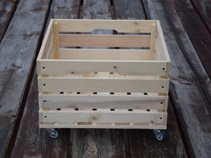 Drewniana skrzynkakwadratowa.