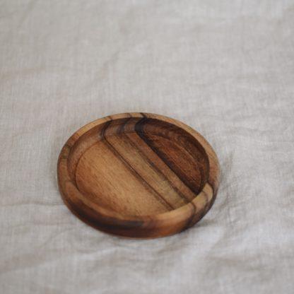 mała drewniana podkładka drewniana miseczka drewniany talerzyk