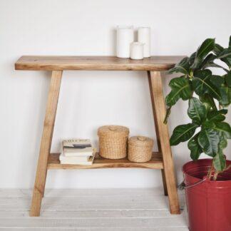 ręcznie wykonana drewniana konsola z półką sęki, pęknięcie, orzech włoski