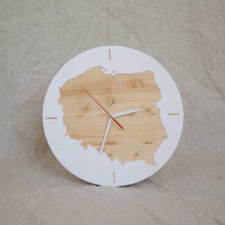 drewniany zegar z mapą Polski
