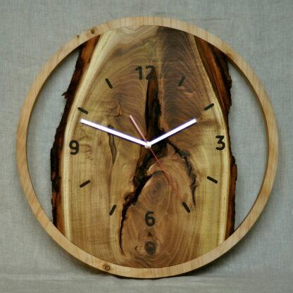 duży zegar do salonu