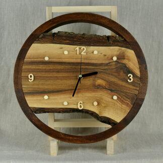 zegar do salonu z orzecha włoskiego